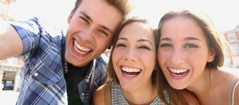 Why Young Adults Need to Make Visiting the Dentist a Priority